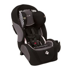 A versatile design ensures that your little boy or girl will love this comfortable car seat from Safety First. With a Quick Fit harness system, you can adjust the chest straps from the front. The seat