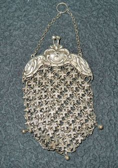 Small purse with fluer de lis sterling silver mesh. Judith Walker's Collection