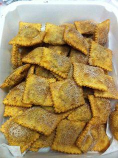 Calginetti con le castagne Christmas Cookies, Foodies, Xmas Cookies, Christmas Crack, Christmas Biscuits, Christmas Desserts