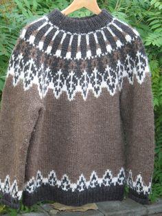 Islanti: Islantilainen villapaita | Punomo Nordic Sweater, Men Sweater, Icelandic Sweaters, Fiber Art, Diy And Crafts, Jumper, Knitting, Pattern, Handmade