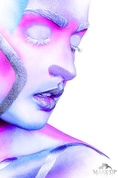 CLOSE UP COLOR - MAKE-UPNATURAL Louise Brooks, Pink Lady, Black Power, Maisie Williams, Graphic, Close Up, Photos, How To Make, Color