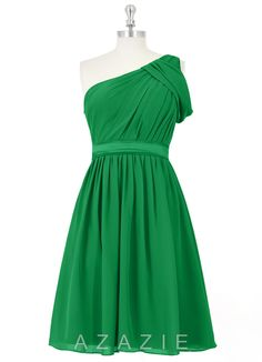 AZAZIE ALIYAH This place has a TON of options for Emerald green bridesmaid dresses that are fairly inexpensive and really cute!
