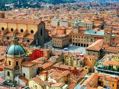 Bologna is the largest city of the Emilia-Romagna Region in Italy. It is the seventh most populous city in Italy, located in the heart of a metropolitan area of about one million. Cities In Italy, Places In Italy, Places To See, Italy Vacation, Italy Travel, Rome, Emilia Romagna, Sestri Levante, All About Italy
