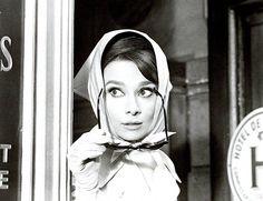 """Кадр из фильма """"Шарада"""", 1963 год"""