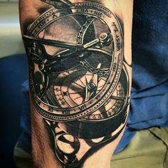 sextant compass tattoo sextant compass tattoo remis tattoo ideas pinterest id e tatouage. Black Bedroom Furniture Sets. Home Design Ideas