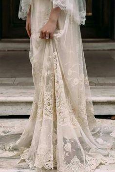 Vestido de novia romántico de Helena Mareque