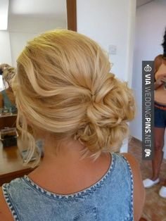 Neato - Side Bun Wedding Hair This is so pretty, could definitely see this for a bride or someone even going to prom | CHECK OUT MORE GREAT TEMPLATES FOR GREAT Side Bun Wedding Hair OVER AT WEDDINGPINS.NET | #sidebunweddinghair #naturalhair #weddinghairstyles #weddinghair #hair #stylesforlonghair #hairstyles #hair #boda #weddings #weddinginvitations #vows #tradition #nontraditional #events #forweddings #iloveweddings #romance #beauty #planners #fashion #weddingphotos #wedding