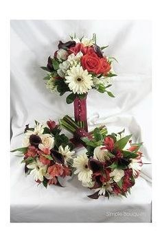 Fall Winter Black Brown Burgundy Red Bouquet Wedding Flowers Photos & Pictures - WeddingWire.com