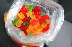 candy, food, and sweet image Gummy Bears, Popsugar, Food Videos, Love Food, Fat Burning, Yummy Food, Baking, Eat, Breakfast