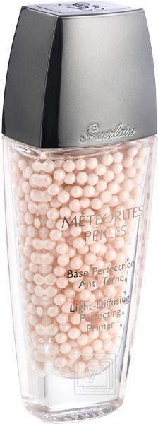 Dieses hinreißende Produkt gibt den Auftakt zum Météorites-Make-up: es belebt und erfrischt den Teint und glättet die Gesichtszüge - Météorites Fluide Perles von Guerlain | Parfümerie Pieper