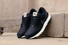95bfe964ebd2 Nike Air Vibenna  Black Clarks Originals