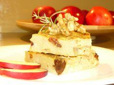 psenovy-kolac-s-jablckami-a-hrozienkami