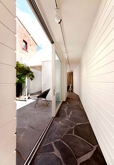 From feature walls to fireplaces and hearths, from front entrances to indoor/out door entertaining areas. Flag stone, crazy-paving or slate – whatever you call it this versatile material is always used to perfection in MCM homes. Outdoor Paving, Outdoor Steps, Crazy Paving, Rustic Stairs, Garden Design Plans, Rustic Stone, Retro Renovation, Queenslander, Box Houses
