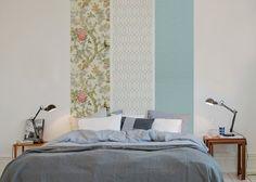 tete de lit papier peint mix and match: Un seul pan de mur avec plusieurs lés. La composition ne dépasse pas la largeur de la tête de lit. le reste de la décoration est neutre.