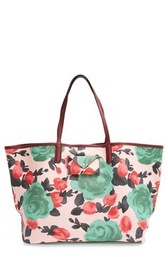 Yes, to this floral Marc Jacobs tote!