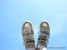 Liefstmeer Mirjam Liefstmeer ▶ Synchroonkijken - een week lang samen fotograferen #Synchroonkijken#dag7#laatste dag# From Where I Stand. Wanneer ik fotografeer, wanneer ik beleef, wanneer ik leef, omdat ik leef, met beide voeten in de lucht het mooie zie van alles.