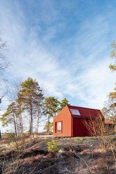 Red-painted pinewood wraps around the exterior of a tiny house that sits on a slope overlooking the Baltic Sea in the Stockholm archipelago. Tagged: Exterior, Wood Siding Material, Gable RoofLine, House Building Type, and Cabin Building Type. Tiny House, Plywood House, Plywood Interior, Red Houses, Swedish House, Architecture Photo, Sustainable Architecture, Prefab, Modernism