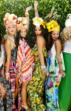 SUPER this picture!: colorful and summer looks, and fruit and flowers headbands! - #Friends