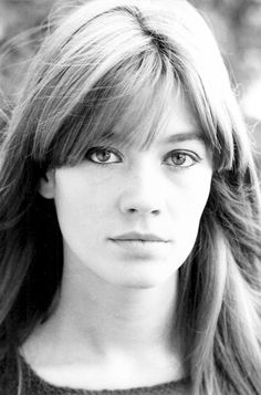 Health Hair Care Advice To Help You With Your Hair. Do you feel like you have had way too many days where your hair goes bad? Françoise Hardy, Twiggy, Alexa Chung, Natural Hair Styles, Short Hair Styles, Charlotte Rampling, Brittle Hair, Short Wedding Hair, Hair Care Tips