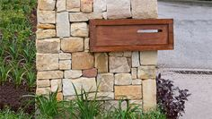 How to create a stone wall letterbox - Better Homes and Gardens - Nice! Outdoor Projects, Diy Projects, Outdoor Decor, Outdoor Living, Outdoor Ideas, Dry Stone, Home Landscaping, Reno, Better Homes And Gardens