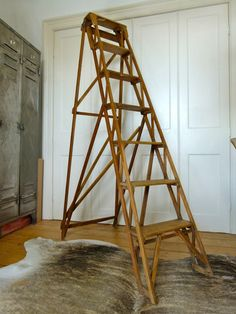 ANTIQUE VINTAGE HATHERLEY STEP LADDER  £195 eyespy