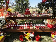 Festa decorada por Cristina Alvarez Garcia .