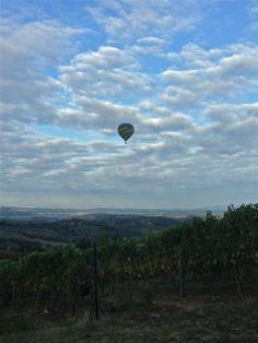 Morning view in december sky Toscana taste & beauty Balloon Flights, Morning View, Mountain Range, Hot Air Balloon, Shades Of Green, Vines, December, Castle
