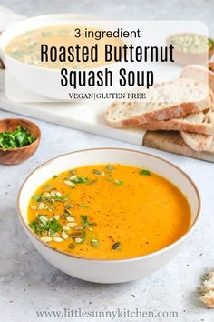 3 ingredient roasted vegan butternut squash soup that you find yourself making over and over again during the colder days! via 3 ingredient roasted vegan butternut squash soup that you find yourself making over and over again during the colder days! Easy Vegan Soup, Vegan Stew, Vegetarian Soup, Vegan Soups, Best Soup Recipes, Healthy Soup Recipes, Vitamix Soup Recipes, Vegan Recipes, Chili Recipes