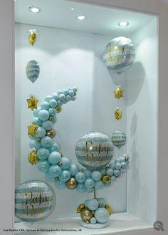 Baby Boy window display by Sue Bowler - Balloon Art by Sue Bowler Birthday Balloon Decorations, Baby Shower Decorations For Boys, Baby Shower Themes, Baby Boy Shower, Baby Boy Balloons, Baby Shower Balloons, Fest Des Fastenbrechens, Balloon Display, Balloon Arrangements