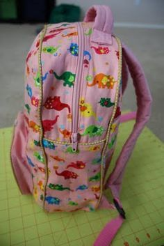 Have spent ALL day looking for a tutorial - found one!! Uniquety's tutorial on drafting a pattern for sewing a backpack.