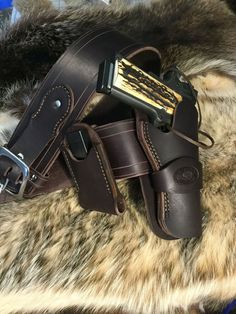 Heavy duty leather 1911 holster, belt and mag pouch combination. The holster fits a 4 to full size 1911 pistol. The belt is a wide with tapered 1 billets. The removable buckle is polished nickel. 1911 Leather Holster, 1911 Holster, Pistol Holster, 1911 Pistol, Super Clips, Fit Star, Wilson Combat, Leather Working, Pouch