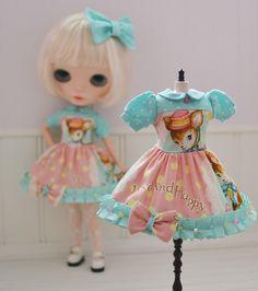 Handmade Neo Blythe Dress KITSCHY BAMBI by by SweetPetiteShoppe