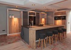 Here you will find photos of interior design ideas. Open Plan Kitchen, New Kitchen, Küchen Design, House Design, Interior Architecture, Interior Design, Office Nook, Kitchen Lighting, Kitchen Remodel