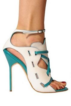 This is one helluva shoe...Oh Spring....these shoes and a sexy sundress.
