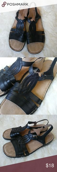 Naturalizer Sandles In great condition Naturalizer Shoes Sandals