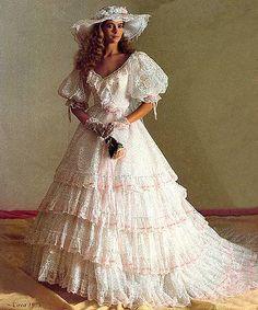 Big Dresses, Elegant Dresses, Beautiful Dresses, Wedding Dresses, Southern Dresses, Southern Belle Dress, Vintage Style Dresses, Vintage Outfits, Vintage Fashion