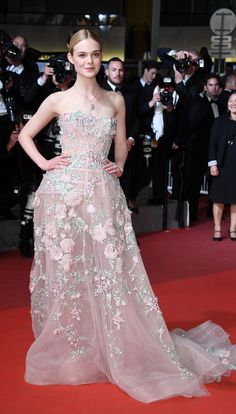2016 Cannes: Elle Fanning is lovely in a strapless Zuhair Murad gown with floral appliques. She looks like an ethereal fairy princess! Perfect dress for Elle!