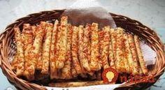 Božské debrecínske paličky: Pôvodný recept z Maďarska, jednoduchý a predsa nemá páru! Croatian Recipes, Naan, Kids Meals, Bread Recipes, Recipies, Food And Drink, Menu, Snacks, Cookies