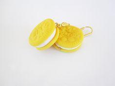Brincos curtos de Oreo, e pendente redondo amarelos, estilo contemporâneo! Feito à mão, de cerâmica plástica. Modelo exclusivo. * BIJUT, a melhor marca de acessórios de moda personalizados para mulher, homem e criança.