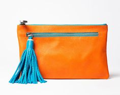 The clutch bag is all the rage this year. It is one of our most popular models. Designer handbag Nina Heyer