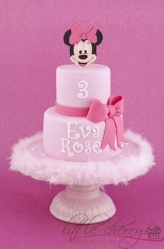 Pink Minnie Mouse Cake by Little Cherry Cake Company Mickey And Minnie Cake, Bolo Minnie, Pink Minnie, Cake Pops Brownie, Mini Mouse Cake, Cherry Cake, Minnie Birthday, Character Cakes, Disney Cakes