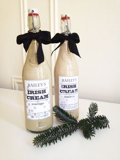 Perfect #holiday #hostess #gift - #Homemade Bailey's Irish Cream #drink #christmas #diy