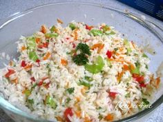 I like to add red onions and cilantro and use the same ingredients for cold pasta salad. Best Rice Salad Recipe, Rice Salad Recipes, Macaroni Pasta Salad, Weight Watchers Meal Plans, Savory Salads, Cold Pasta, South African Recipes, Salad Ingredients, Rice Dishes