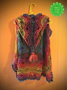 Crochet Poncho Ravelry: Free Spirit Bohemian Vest pattern by Amber Wheeler - This pattern uses two cakes of Lion Brand Mandala yarn. Crochet Circle Vest, Cardigan Au Crochet, Crochet Vest Pattern, Crochet Coat, Crochet Circles, Crochet Jacket, Crochet Shawl, Knitting Patterns, Crochet Vests