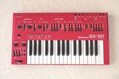 MATRIXSYNTH: Red Roland Sh-101 SN 320814