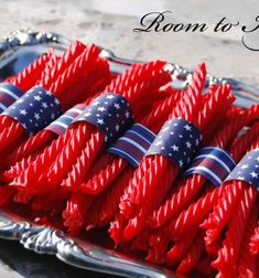 Need frugal and fun of July party ideas? These patriotic party decorations and festive food are perfect for your Independence Day celebration! 4th Of July Desserts, Fourth Of July Decor, 4th Of July Celebration, 4th Of July Decorations, 4th Of July Party, 4th Of July Ideas, 4th Of July Food Sides, 4th July Food, Birthday Decorations