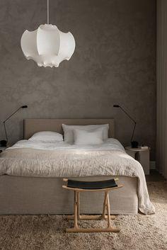 Länna Möbler #2 Serene Bedroom, Master Bedroom Interior, Minimalist Interior, Modern Interior Design, Handmade Home Furniture, Pella Hedeby, Swedish Interiors, Nordic Design, Decoration