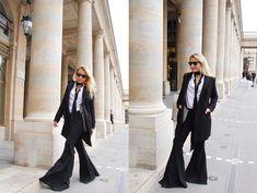 F L A R E D - Camille et les garçons Silhouette, Camille, Wide Leg Jeans, Bell Bottoms, Duster Coat, Women Wear, Affair, Sexy, Accessories