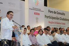 En Lázaro Cárdenas, el gobernador asistió al noveno Foro de Consulta y Participación Ciudadana para la conformación del Plan de Desarrollo Integral del Estado correspondiente a la región Sierra-Costa – ...