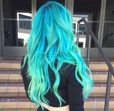 Bright color dyed hair by Guy Tang - Haarfarben - Hair Color Cute Hair Colors, Bright Hair Colors, Hair Dye Colors, Cool Hair Color, Colorful Hair, Bright Colored Hair, Hair Color For Kids, Bright Green, Pelo Color Gris